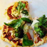 発酵なしの手作りピザ生地でピザを作ってみたら、バッキバキだった話。